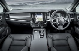 Volvo V90 Cross Country, 2017, interior