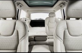 Volvo V90, 2016, seats folded
