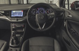 Vauxhall Astra, 2019, interior, manual