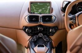 Aston Martin Vantage, 2018, display screen
