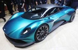 Aston Martin Vanquish Vision concept, front