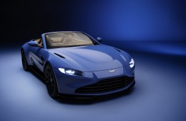 Aston Martin Vantage Roadster, 2020, front