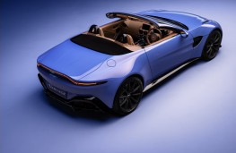 Aston Martin Vantage Roadster, 2020, rear