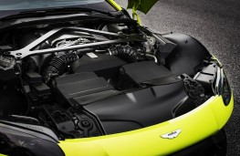 Aston Martin Vantage, 2018, engine
