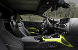 Aston Martin Vantage, 2018, interior