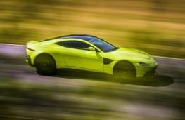 Aston Martin Vantage, 2018, side