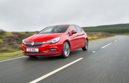 Vauxhall Astra, action