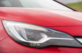 Vauxhall Astra, LED headlights