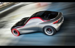 Vauxhall GT Concept, action