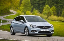 Vauxhall Astra 2020 front action