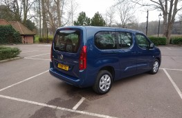 Vauxhall Combo Life XL, rear static 2