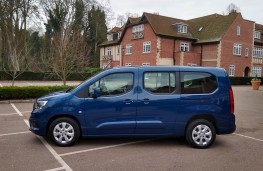 Vauxhall Combo Life XL, side static