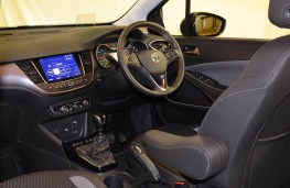 Vauxhall Crossland X Ultimate, dashboard