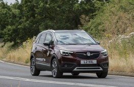 Vauxhall Crossland X, front action