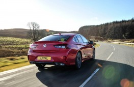 Vauxhall Insignia GSi, rear action