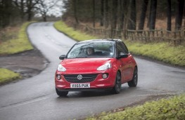 Vauxhall Adam Energised, front action 2