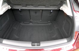 Vauxhall Astra Ultimate, boot 1