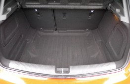 Vauxhall Astra SRi, boot