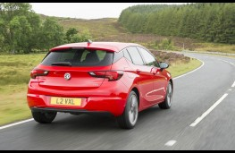 Vauxhall Astra SRi, rear action