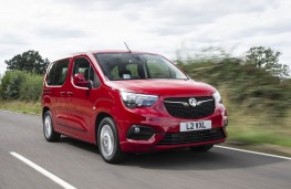 Vauxhall Combo Life, front action