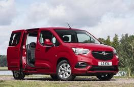 Vauxhall Combo Life - Front threequarter static
