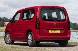 Vauxhall Combo Life - Rear, static