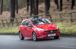 Vauxhall Corsa Red, front action 2