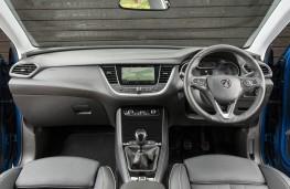 Vauxhall Grandland X, dashboard