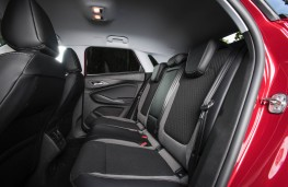 Vauxhall Grandland, rear seats