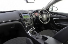 Vauxhall Insignia Hatchback, interior