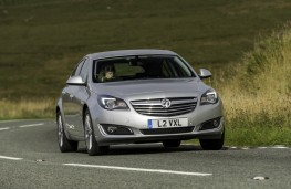 Vauxhall Insignia Hatchback, action2