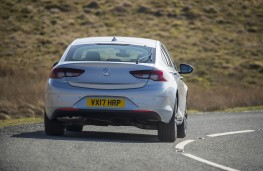 Vauxhall Insignia Grand Sport, rear action