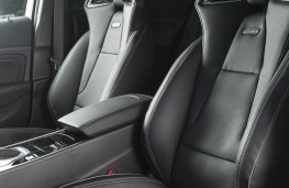 Vauxhall Insignia GSi, front seats