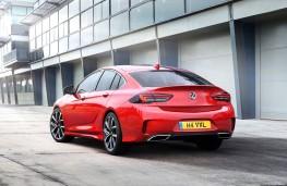 Vauxhall Insignia GSi rear