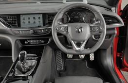Vauxhall Insignia ST, dashboard