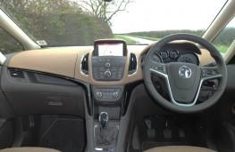 Vauxhall Zafira Tourer, dashboard