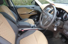 Vauxhall Zafira Tourer, front seats