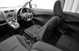 Toyota Verso-S, interior