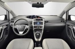 Toyota Verso 1.6D-4D, interior