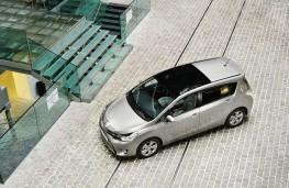 Toyota Verso 1.6D-4D, overhead