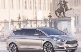 Ford S-MAX Vignale, front