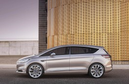 Ford S-MAX Vignale, side