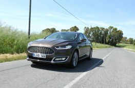 Ford Mondeo Vignale, front, action