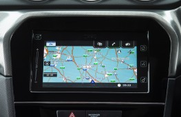 Suzuki Vitara, 2019, display screen