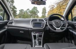 Suzuki S-Cross TCSS, interior