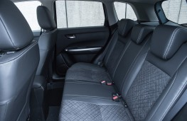 Suzuki Vitara, 2019, rear seats