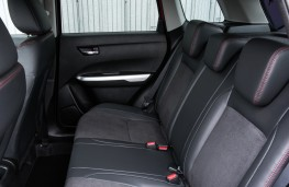 Suzuki Vitara, 2016, rear seats