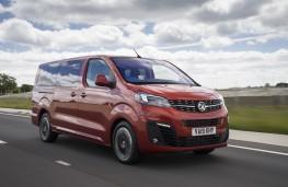 Vauxhall Vivaro Life, 2019, front