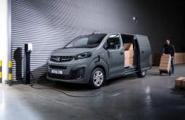 Vauxhall Vivaro-e, 2020, charging