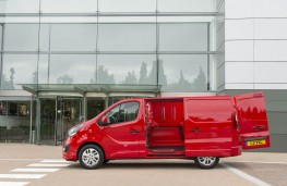 Vauxhall Vivaro, side doors
